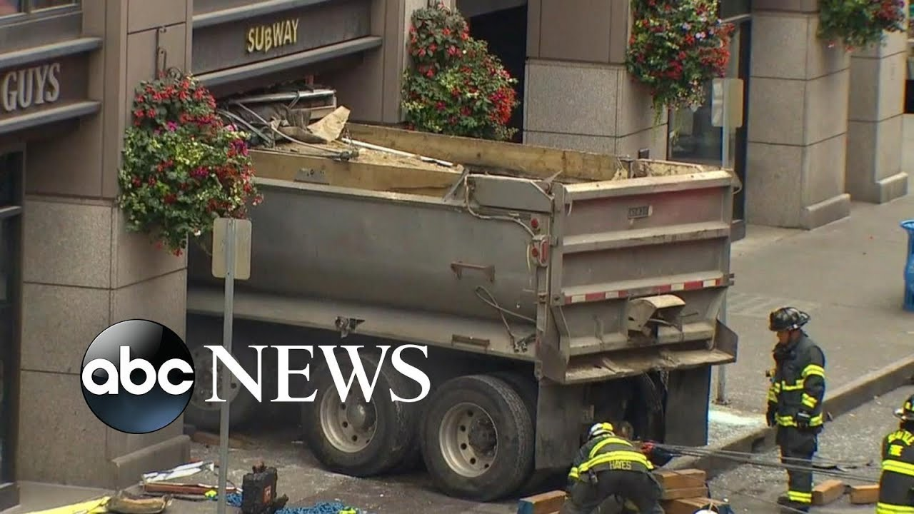 ABC News:Building in Seattle evacuated after dump truck slams into eatery