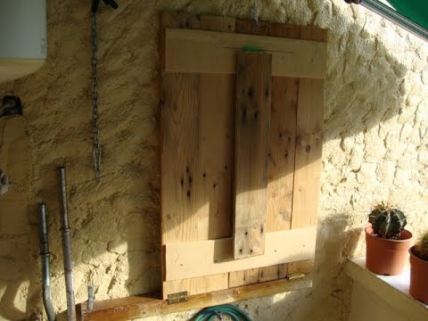 Construye una mesa plegable para pared. - YouTube