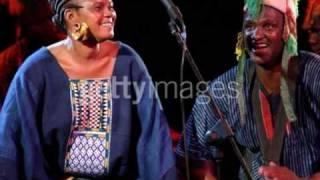 Nahawa Doumbia: Farfina Dambe