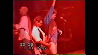 Nazareth в Уфе 1996 г.Тур по России.Концерт.Интервью.(Видео сам снимал.Был еще в 1991 году в Москве на концерте в Лужниках они выступали в полном составе с Мэнни..., 2015-06-08T02:02:47.000Z)
