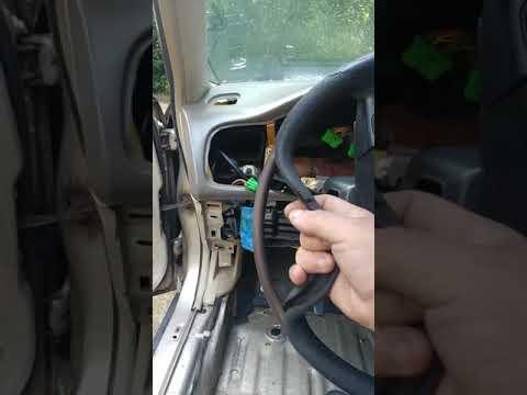 Removing Dash On 1994 Honda Lx Part 2
