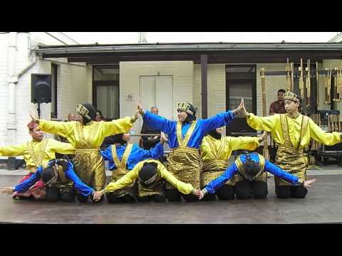 Saman Dance (Thousand Hands Dance) by Indonesian Student Association in Gent, Belgium