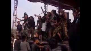 Bejad Busuk Banxat   Chaotic Room Live @Kapetakan Cirebon