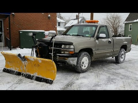 Chevy Silverado 1500 with Meyers V-plow with some Plowing Advice