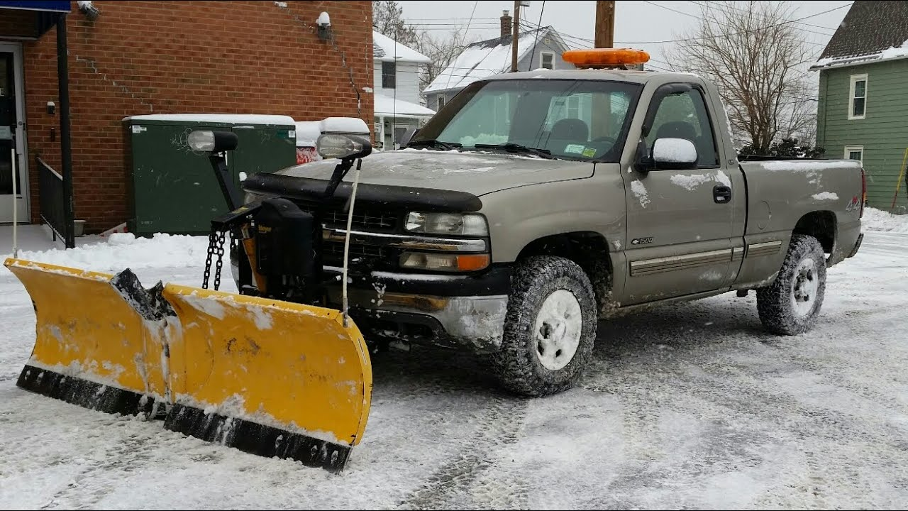 Chevy Silverado 1500 With Meyers V Plow With Some Plowing