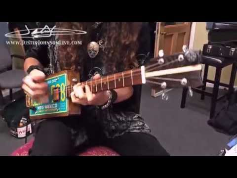 Just Play the Blues! on a 4-String Electric License Plate Resonator Guitar