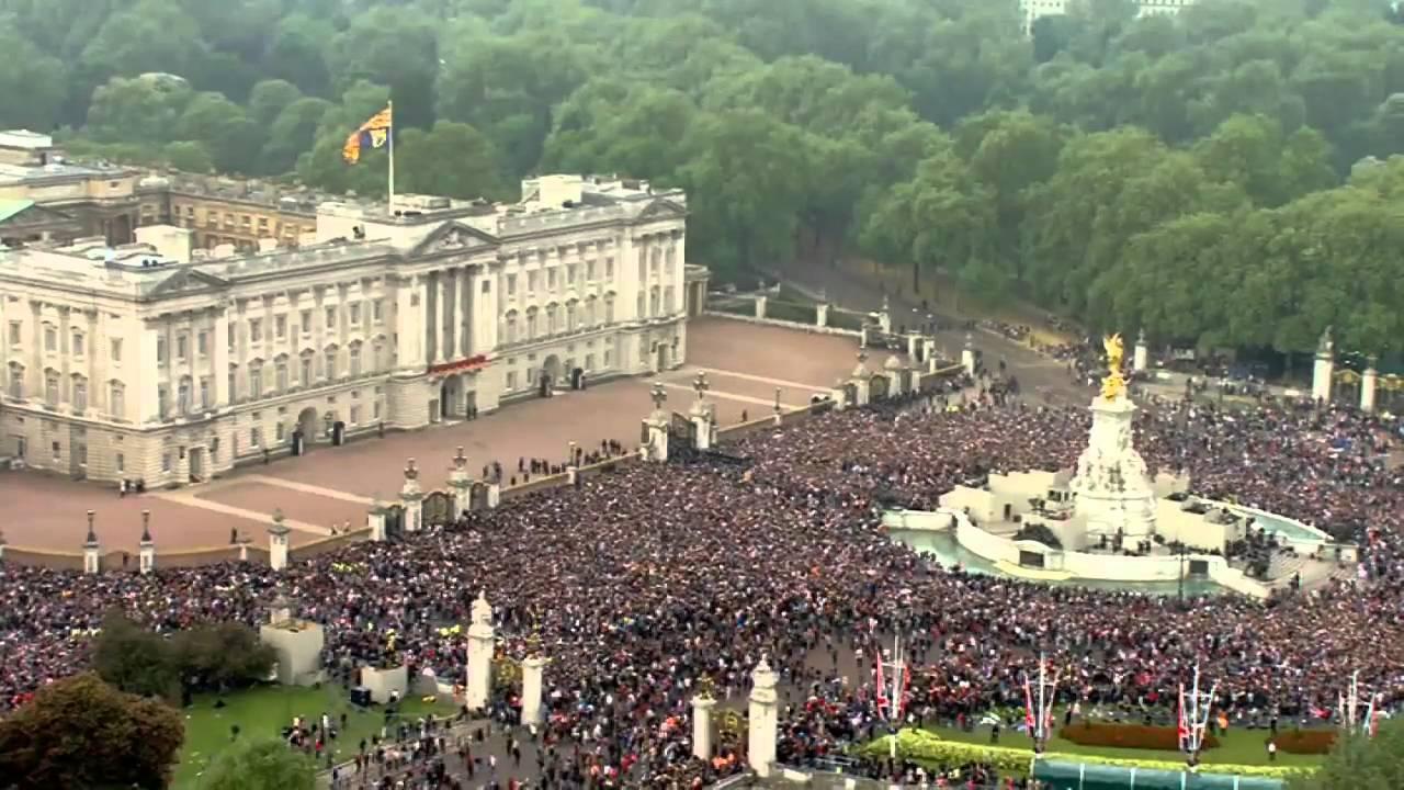 Image result for royal wedding crowds