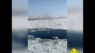 В Приморье оторвало льдину с рыбаками