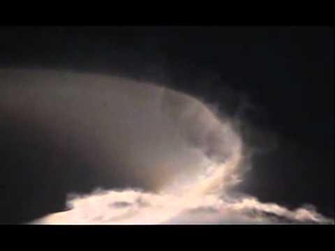 Benny Benassi - Spaceship ft. Kelis (Fedde le Grande Edit)