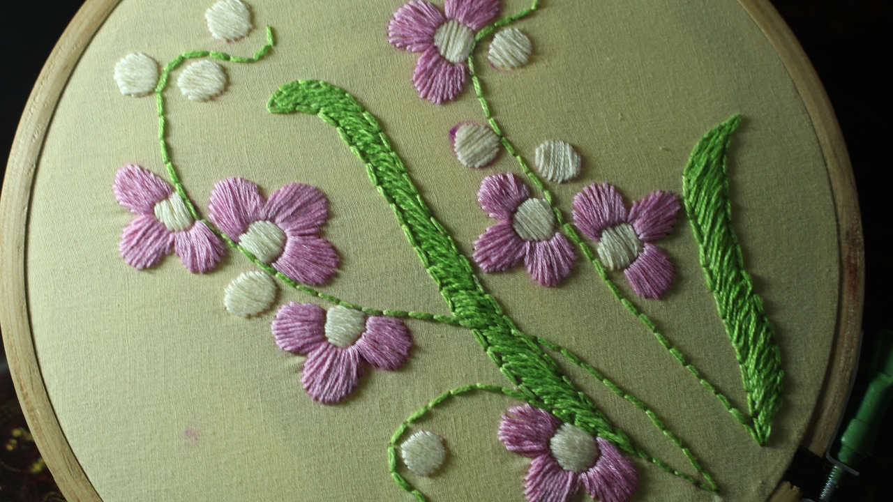 Hand Embroidery Designs Satin Stitch Stitch And Flower 119 Youtube