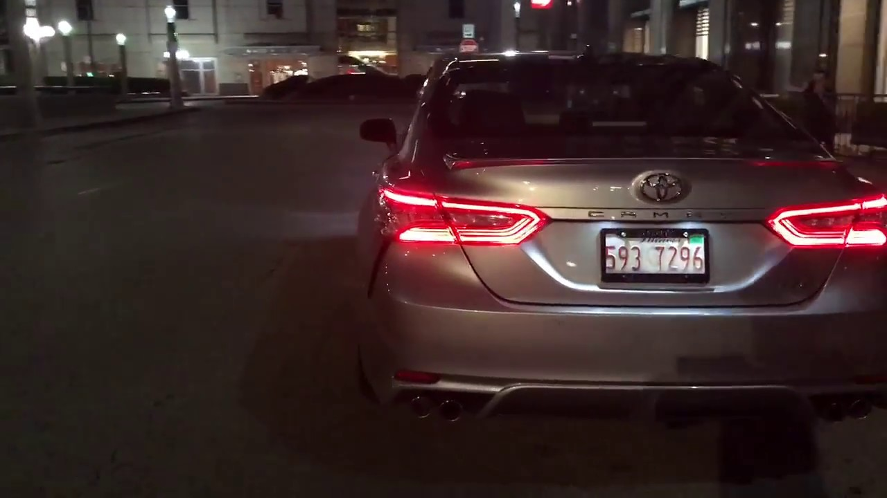 2018 Toyota Camry Xse Nighttime View In Chicago Youtube