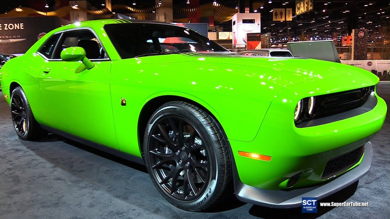 2017 dodge challenger 392 scat pack shaker exterior interior walkaround 2017 chicago auto. Black Bedroom Furniture Sets. Home Design Ideas