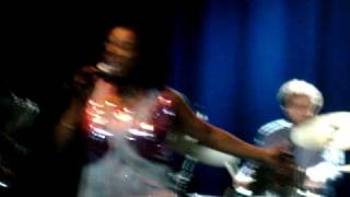 Sharon Jones & The Dap-Kings - She Ain