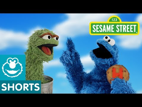 Sesame Street: Oscar Tricks Cookie Monster