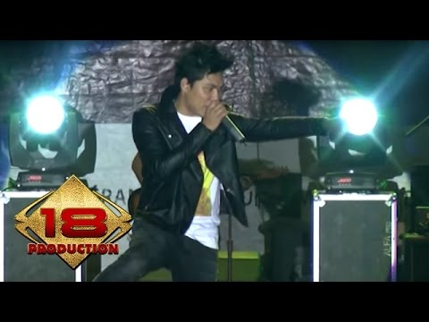 Armada - Apa Kabar Sayang   (Live Konser Ciparay Bogor 23 November 2013)
