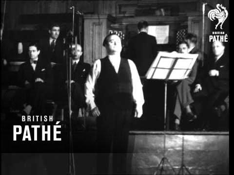 Beniamino Gigli (1933)