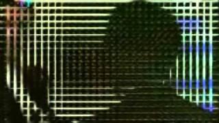 حبك بحر ماله حدود - YouTube.flv