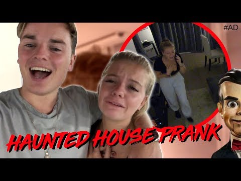 HAUNTED HOUSE PRANK ON LITTLE SISTER