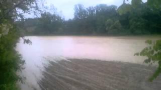 Selo Novaci 14.05.2014. Jake kise i poplava