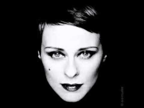 lisa stansfield cover (You're The Best Thing) the style council