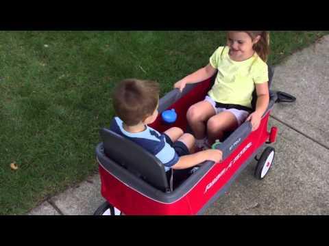 Radio Flyer - Ultimate EZ Fold Wagon   Toys R Us Canada