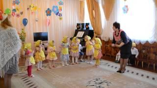 танец матрешек в детском саду видео