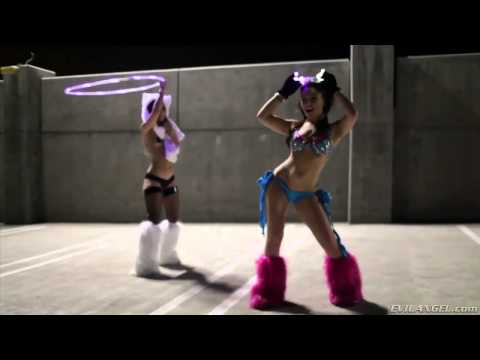 Russian Rave Girl runs WILD from YouTube · Duration:  39 seconds