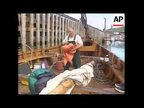 Greenland: 12 Man Crew Sets Sail Aboard Viking Long Ship For USA - 1997