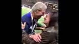 Francis Lalanne au match France 98 vs Fifa 98