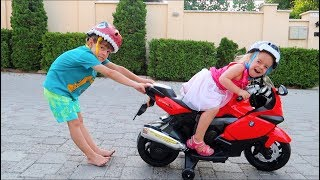 Anabella a furat motocicleta   Politia si Bogdan au gasit-o   Sketch Bogdan Show