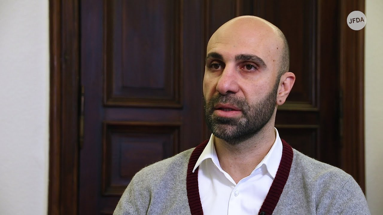 Tacheles: Ahmad Mansour über Integration, falsche Toleranz und Panikmache