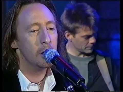 Julian Lennon & me,  Saltwater