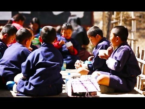 Bhutan's 'Feeding Programme': Free & organic food for better learning (Learning World: S5E33, 1/3)