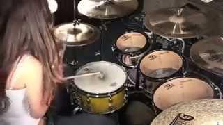 Девушка офигенно играет на барабанах Three Days Grace   I Hate Everything