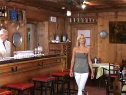 Dolomites befinder sig minutter derfra. Hotel Cortina Hotel De La Poste Youtube