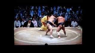 栃煌山vs稀勢の里 平成27年大相撲七月場所 Sumo Tochiozan vs Kisenosato.