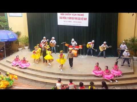 3B Trung Vuong 2013 (Em Yeu Gio Hoc Hat) 13-11-2013
