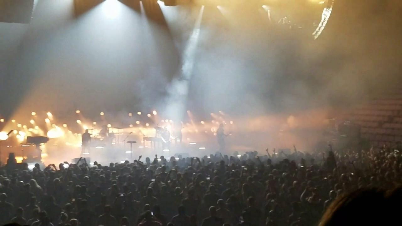 Nine Inch Nails - wish , the hand that feeds, head like a hole LIVE ...