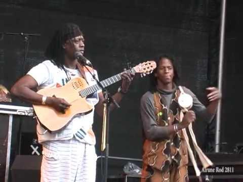 Habib Koite & Bamada plays Go Global Nord in Aalborg, Denmark 2008 mp3