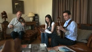 'My Love is on the High Seas' | Julie Fowlis | Sound Tracks Quick Hits | PBS