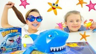 Детское видео с игрушками. Игра Акулья охота!