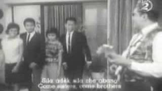 Video Bunyi Gitar (P. Ramlee) download MP3, 3GP, MP4, WEBM, AVI, FLV Juli 2018