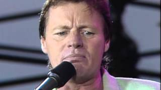 Watch Delbert Mcclinton Standing On Shaky Ground video