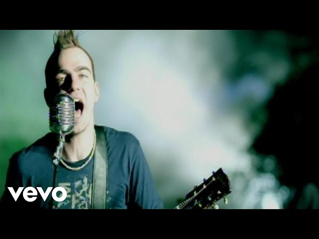 Three Days Grace - I Hate Everything About You (Official Video)