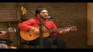 10 - Improvisacion en guitarra antigua - Rene Inostroza (Folklore Bicentenario Chile)