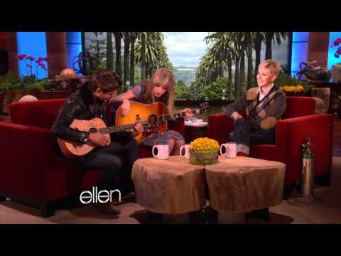 Видео: Taylor Swift and Zac Efron Sing a Duet
