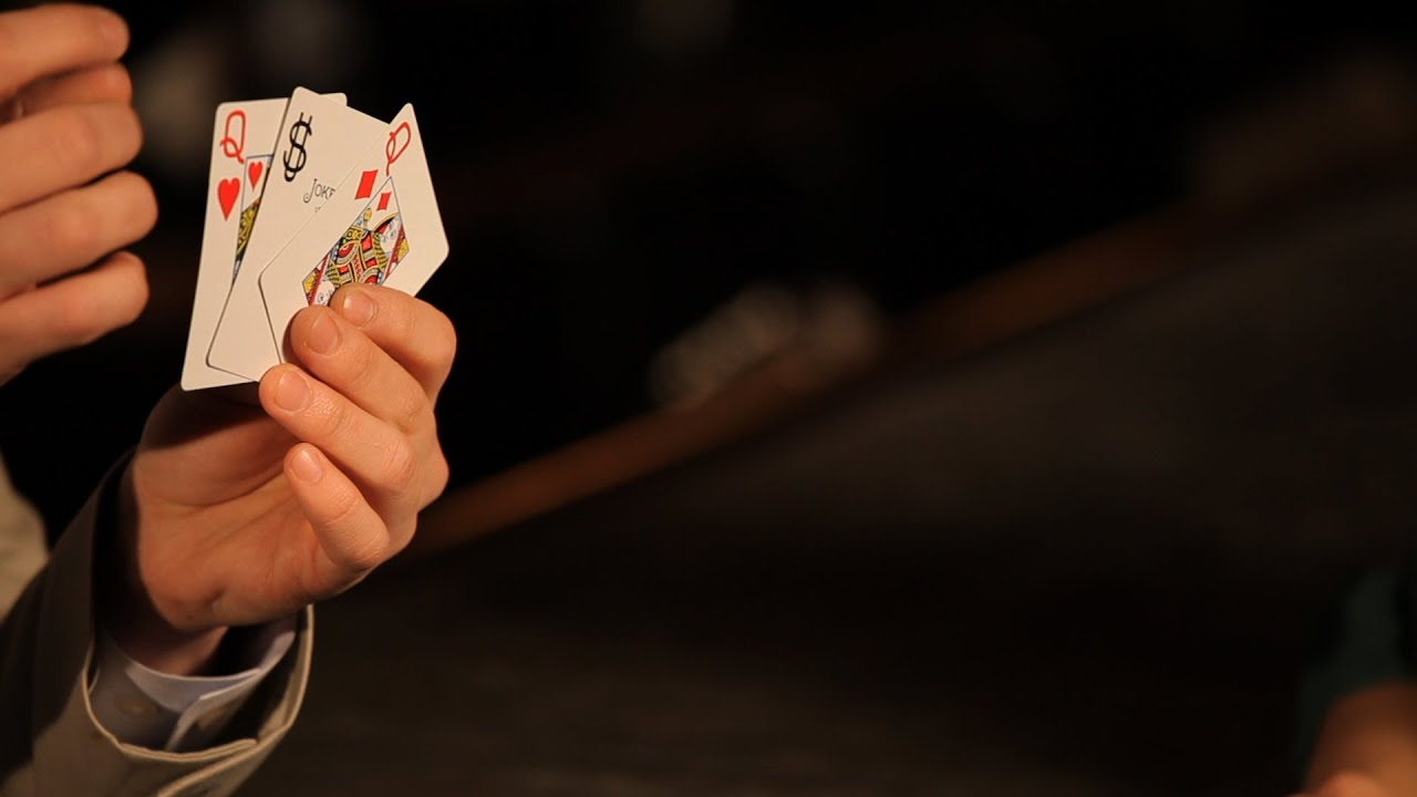 how to do the basic 3-card monte trick | table magic tricks - youtube