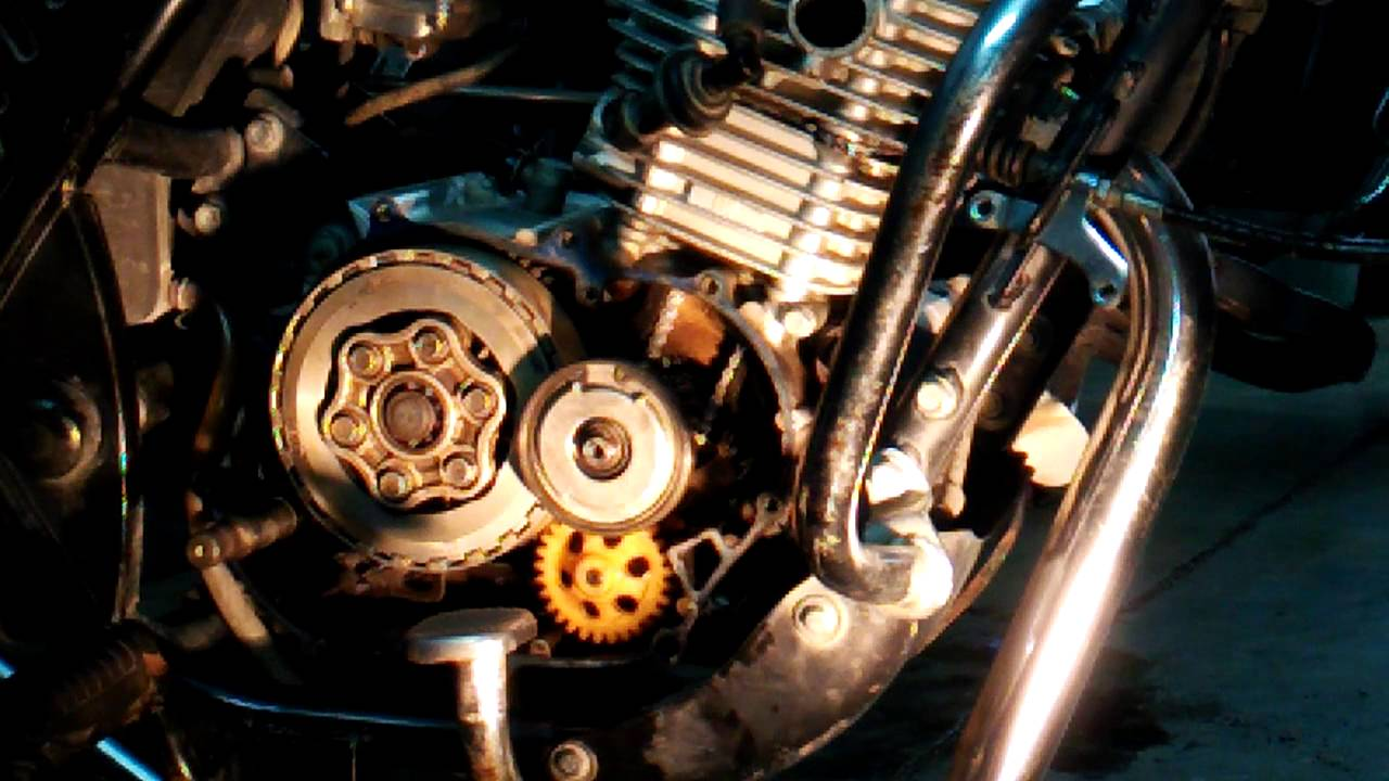 Bajaj Discover 125 Engine Repair Vedio Part 5 Youtube The Manual Is For A 2 Stroke