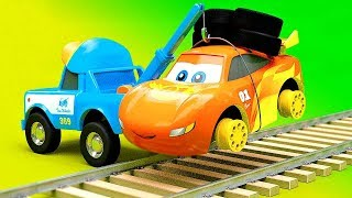Cars Change wheels for Railroad Ride - Funny Cartoon stories