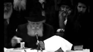 ניגון מי ארמיא אדמורא עם הרבי מילובביץ'
